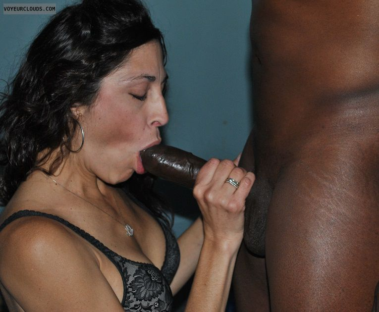 Young Latina Milf Homemade