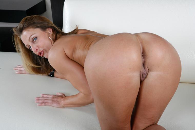 Порно фото брендаы джеимс