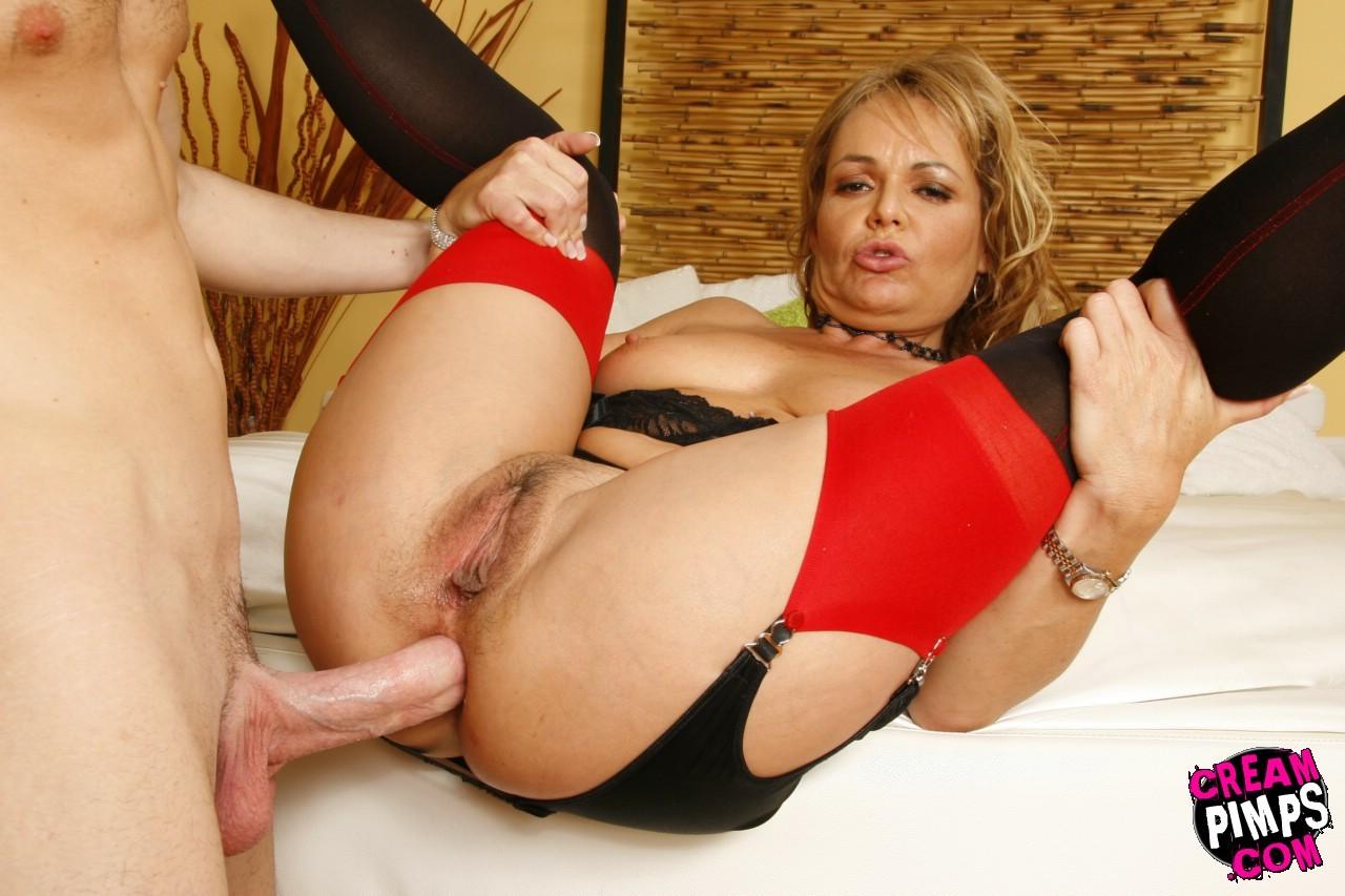 Kelly Leigh порно модель