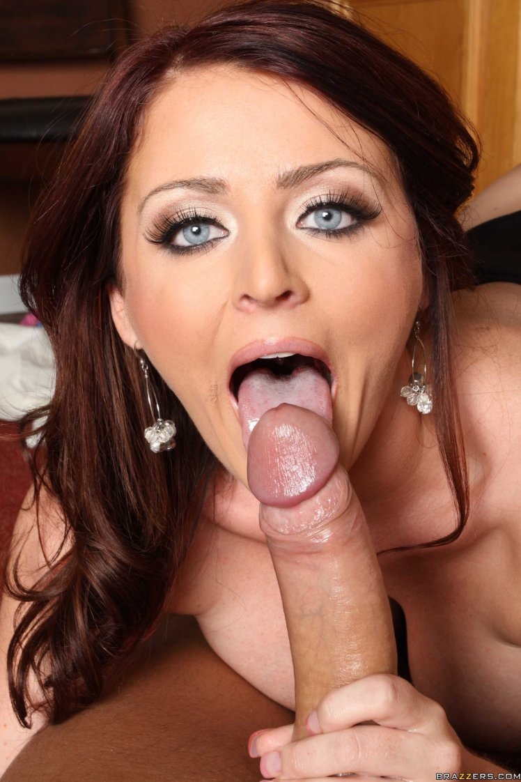sophie dee naked fucked
