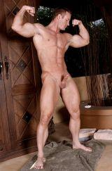muscle hunk tj cummings shooting his load in all directions u2014 free