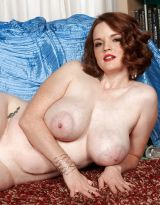bebe cooper blue veins in soft pale tits gt photo 5