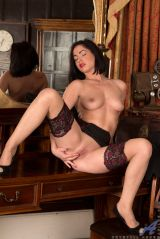 sexy milf crystall anne strips and touches herself freeones